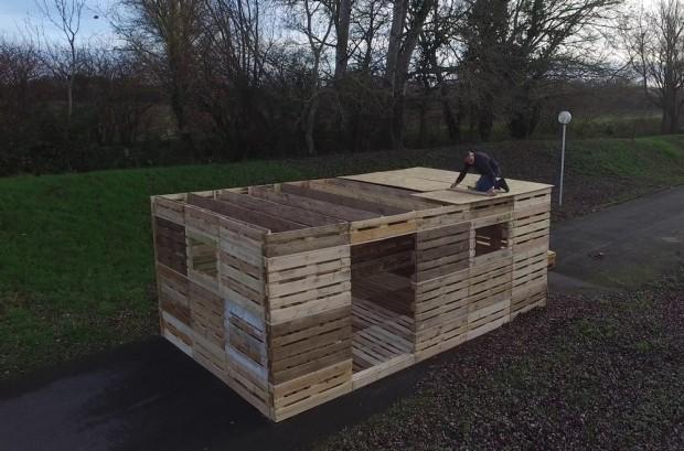 pgs aide sofrinnov d velopper ses abris d urgence en palettes bois. Black Bedroom Furniture Sets. Home Design Ideas